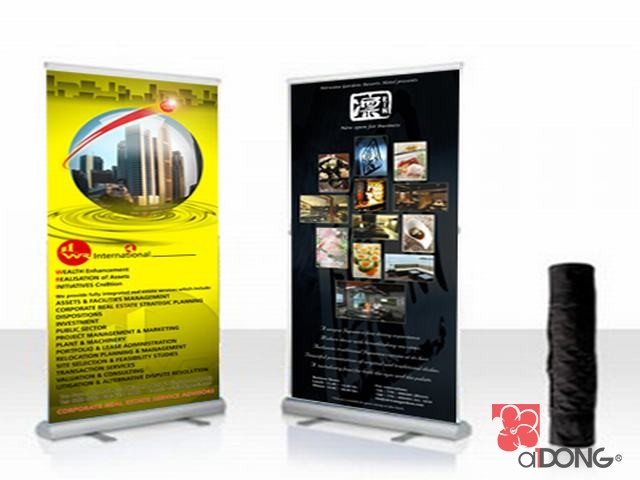 Standee chữ x banner cuốn