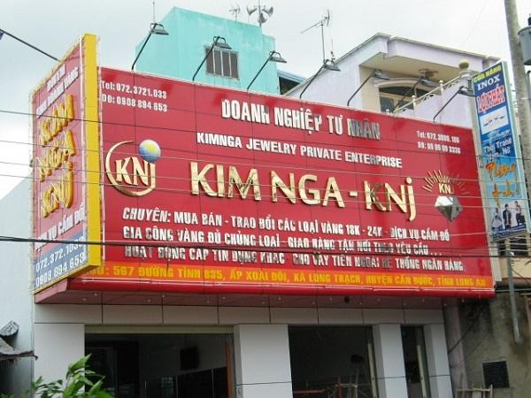 Màu sắc bảng hiệu quảng cáo